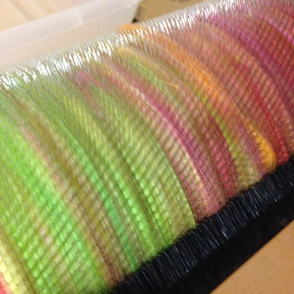 Water lily drum carder play